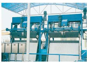 SG型钢丝绳牵引式格栅除污机